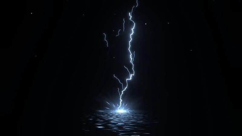闪电轰击水面片头背景