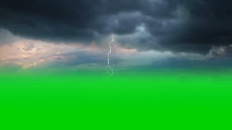绿幕视频素材乌云闪电.jpg