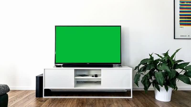 绿屏抠像白色电视柜黑色液晶电视视频素材